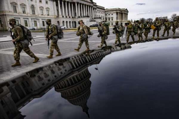 대통령 취임식 앞두고 고도로 무장화된 워싱턴 DC