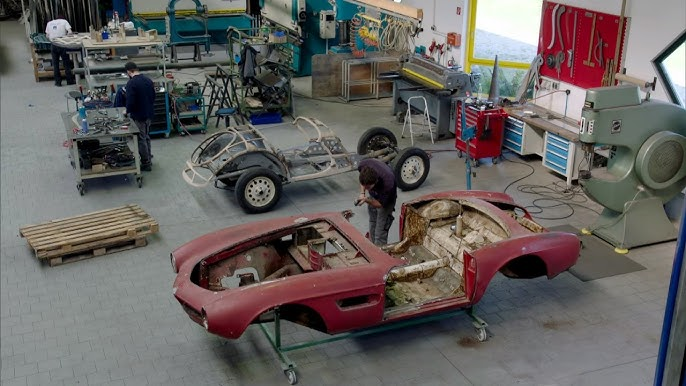 BMW 올드카 '엘비스 507' 전체 복원