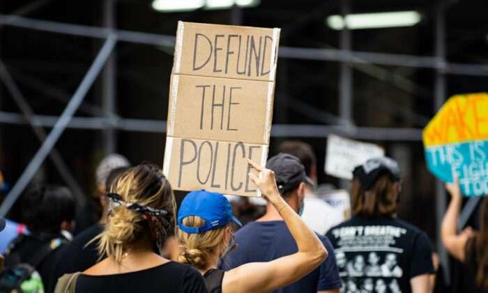 """이민·재정·경찰·군대…""""미국은 지금 사회주의자들이 혁명 중"""""""