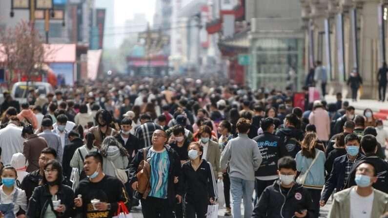중공, 늦추던 인구조사 결과 발표…인구위기 현실화
