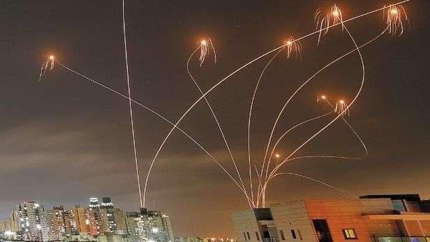 이스라엘 아이언돔 실제 요격 모습